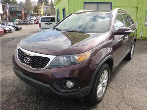 2011 Kia Sorento for sale at Klean Carz in Seattle WA