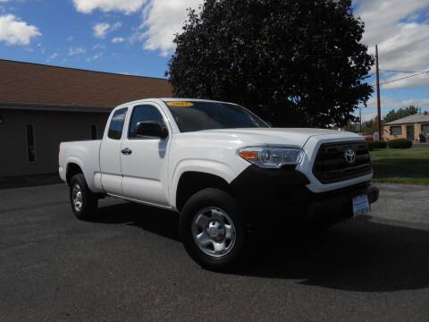 2017 Toyota Tacoma for sale at McKenna Motors in Union Gap WA