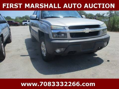 2004 Chevrolet Avalanche for sale at First Marshall Auto Auction in Harvey IL