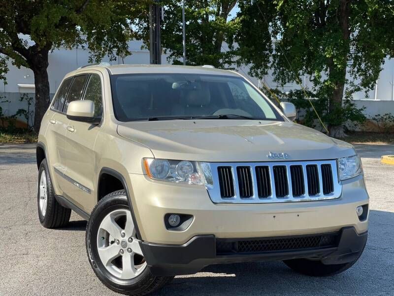 2011 Jeep Grand Cherokee for sale at Citywide Auto Group LLC in Pompano Beach FL