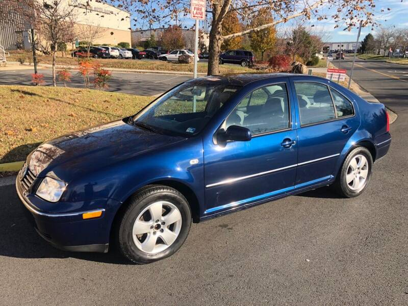 2005 Volkswagen Jetta for sale at Dreams Auto Group LLC in Sterling VA