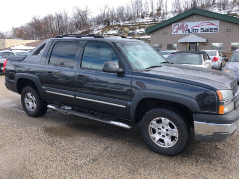 2004 Chevrolet Avalanche for sale at Gilly's Auto Sales in Rochester MN