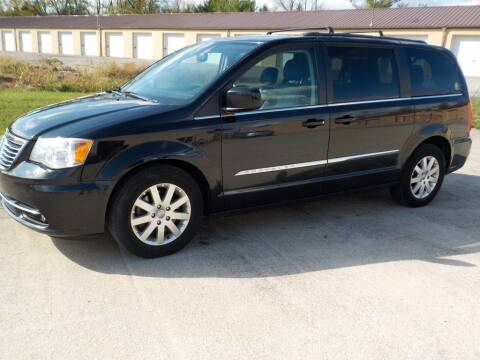 2013 Chrysler Town and Country for sale at Automotive Locator- Auto Sales in Groveport OH