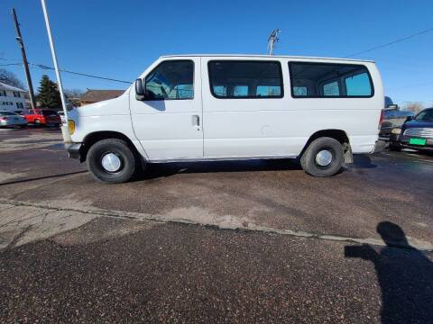2003 Ford E-Series Cargo for sale at Geareys Auto Sales of Sioux Falls, LLC in Sioux Falls SD