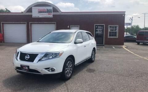 2014 Nissan Pathfinder for sale at Family Auto Finance OKC LLC in Oklahoma City OK