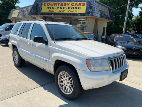 2004 Jeep Grand Cherokee for sale at Courtesy Cars in Independence MO