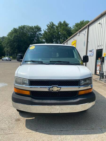 2012 Chevrolet Express Passenger for sale in Mayfield, KY