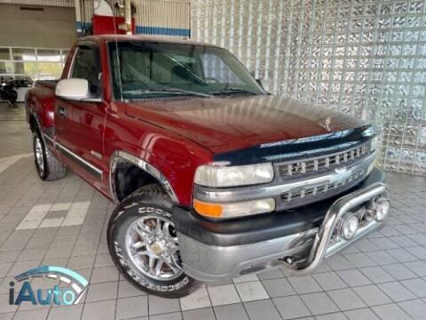 1999 Chevrolet Silverado 1500 for sale at iAuto in Cincinnati OH