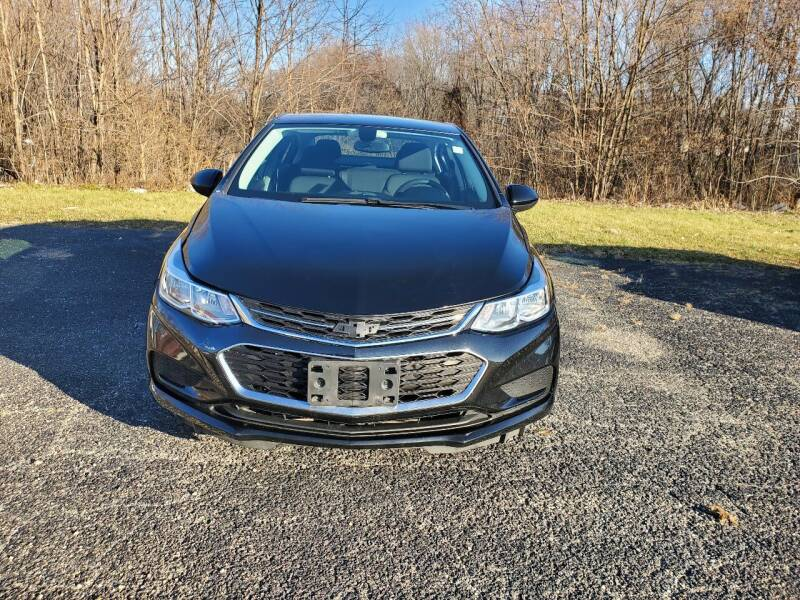 2017 Chevrolet Cruze for sale at Discount Auto World in Morris IL
