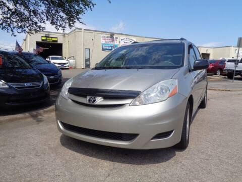 2007 Toyota Sienna for sale at ACH AutoHaus in Dallas TX