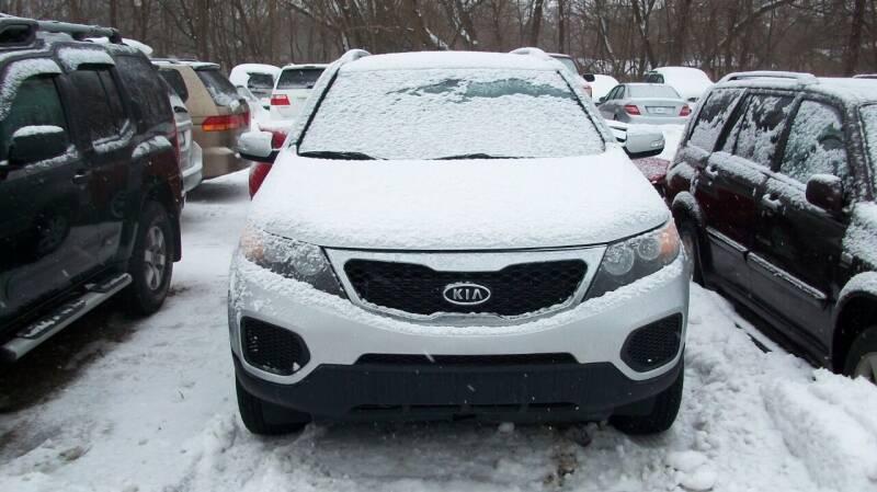 2013 Kia Sorento for sale at Griffon Auto Sales Inc in Lakemoor IL