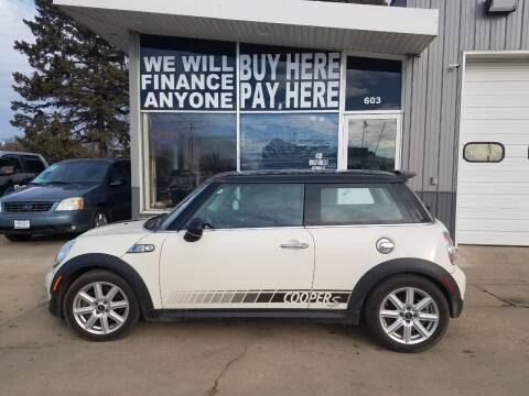 2013 MINI Hardtop for sale at STERLING MOTORS in Watertown SD
