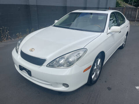 2005 Lexus ES 330 for sale at APX Auto Brokers in Lynnwood WA