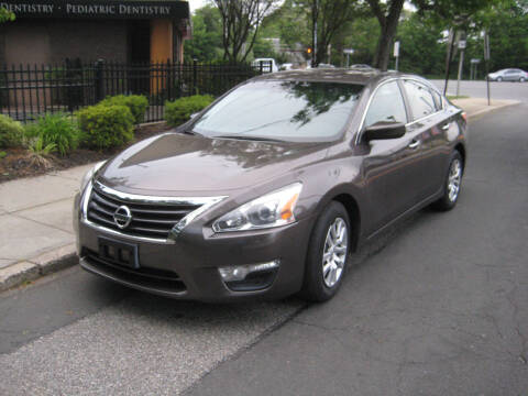 2015 Nissan Altima for sale at Top Choice Auto Inc in Massapequa Park NY