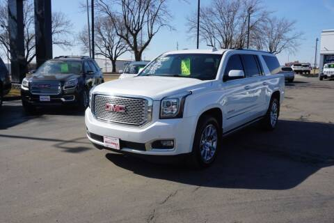 2017 GMC Yukon XL for sale at Ideal Wheels in Sioux City IA