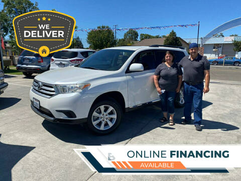 2012 Toyota Highlander for sale at CALIFORNIA AUTO SALE 2 in Livingston CA