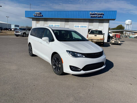 2019 Chrysler Pacifica for sale at BULL MOTOR COMPANY in Wynne AR