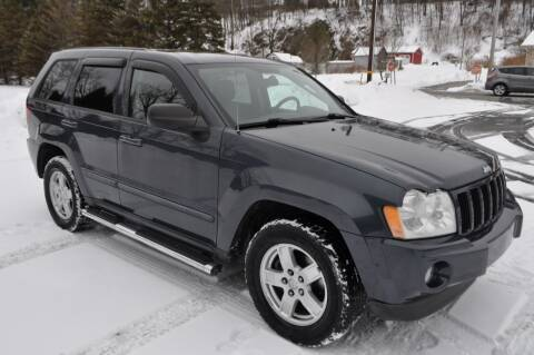 2007 Jeep Grand Cherokee for sale at CAR TRADE in Slatington PA