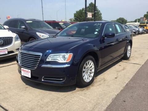 2013 Chrysler 300 for sale at De Anda Auto Sales in South Sioux City NE