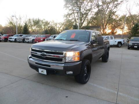 2011 Chevrolet Silverado 1500 for sale at Aztec Motors in Des Moines IA