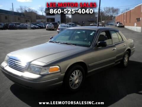 2003 Ford Crown Victoria for sale at Lee Motor Sales Inc. in Hartford CT