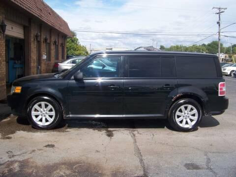 2010 Ford Flex for sale at C and L Auto Sales Inc. in Decatur IL