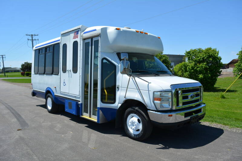 2010 Ford E-Series Chassis for sale at Signature Truck Center - Shuttle Buses in Crystal Lake IL