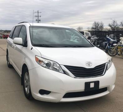 2014 Toyota Sienna for sale at Head Motor Company - Head Indian Motorcycle in Columbia MO