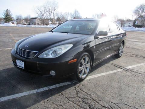 2006 Lexus ES 330 for sale at Triangle Auto Sales in Elgin IL