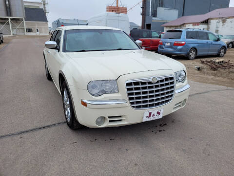2008 Chrysler 300 for sale at J & S Auto Sales in Thompson ND