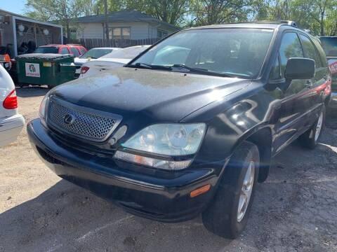 2001 Lexus RX 300 for sale at ALVAREZ AUTO SALES in Des Moines IA