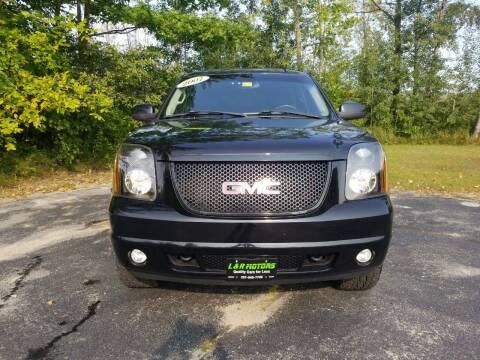 2007 GMC Yukon for sale at L & R Motors in Greene ME