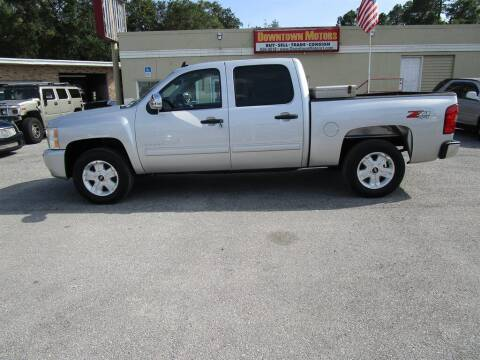 2011 Chevrolet Silverado 1500 for sale at DERIK HARE in Milton FL