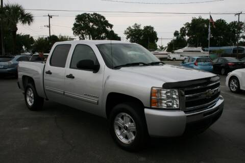2011 Chevrolet Silverado 1500 for sale at Mike's Trucks & Cars in Port Orange FL