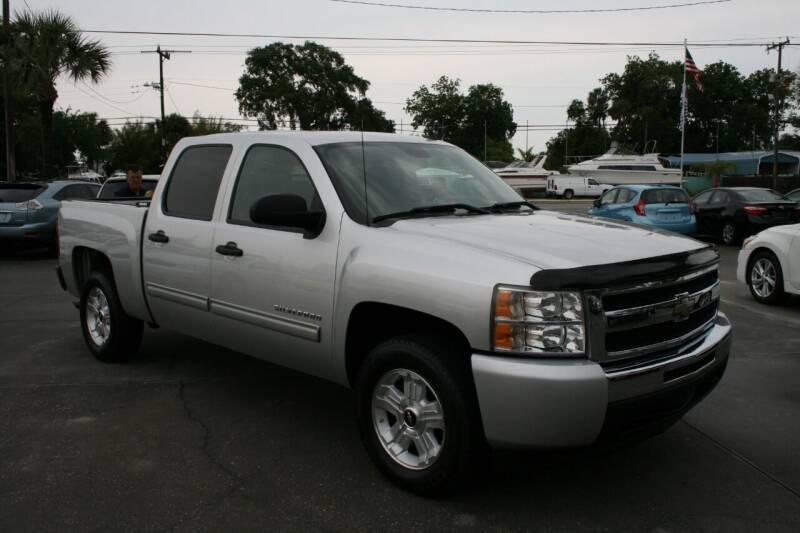 2011 Chevrolet Silverado 1500 for sale at Mike's Trucks & Cars in Port Orange FL