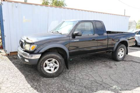 2002 Toyota Tacoma for sale at Queen City Classics in West Chester OH