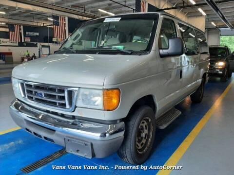2006 Ford E-Series Wagon for sale at Vans Vans Vans INC in Blauvelt NY