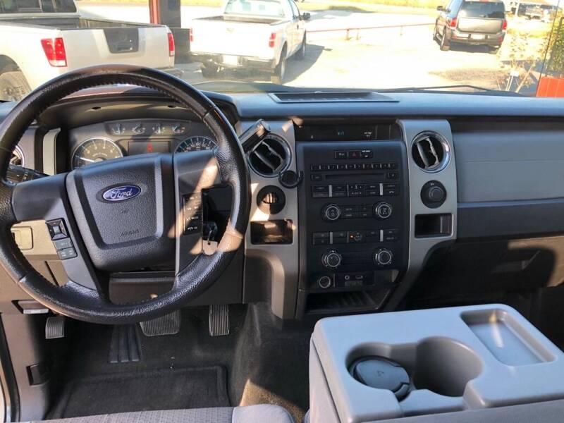 2011 Ford F-150 SUPERCREW - Decatur TX