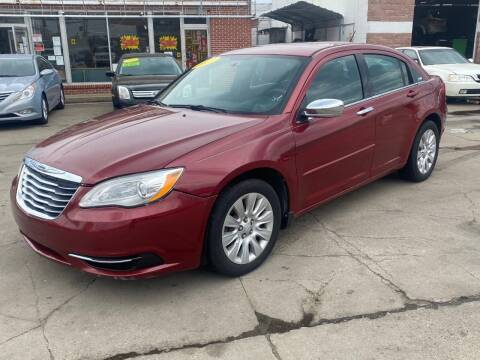 2013 Chrysler 200 for sale at Liberty Auto Show in Toledo OH