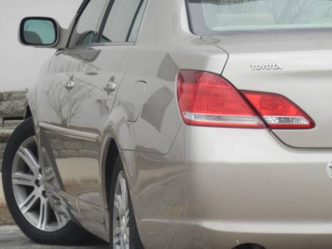 2005 Toyota Avalon for sale at Moto Zone Inc in Melrose Park IL