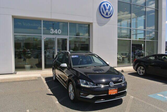2018 Volkswagen Golf Alltrack for sale in Medford, MA