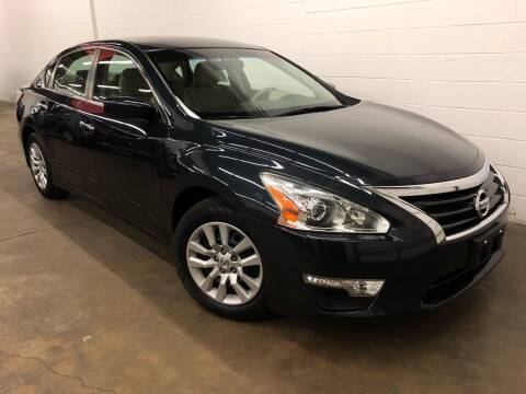 2015 Nissan Altima for sale at Dream Motor Cars in Arlington Heights IL