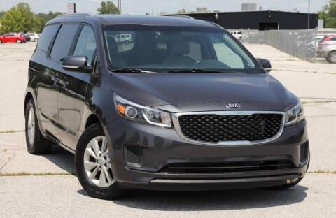 2017 Kia Sedona for sale at Big O Auto LLC in Omaha NE