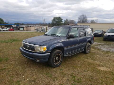 1998 Mercury Mountaineer for sale at CAR-MART AUTO SALES in Maryville TN