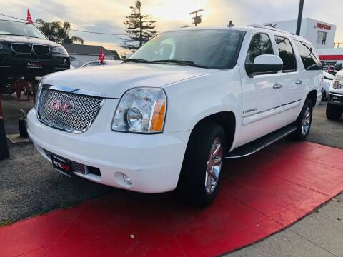 2008 GMC Yukon XL for sale at Auto Max of Ventura in Ventura CA