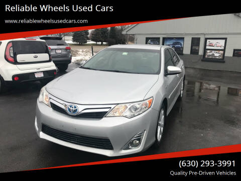2013 Toyota Camry Hybrid for sale at Reliable Wheels Used Cars in West Chicago IL