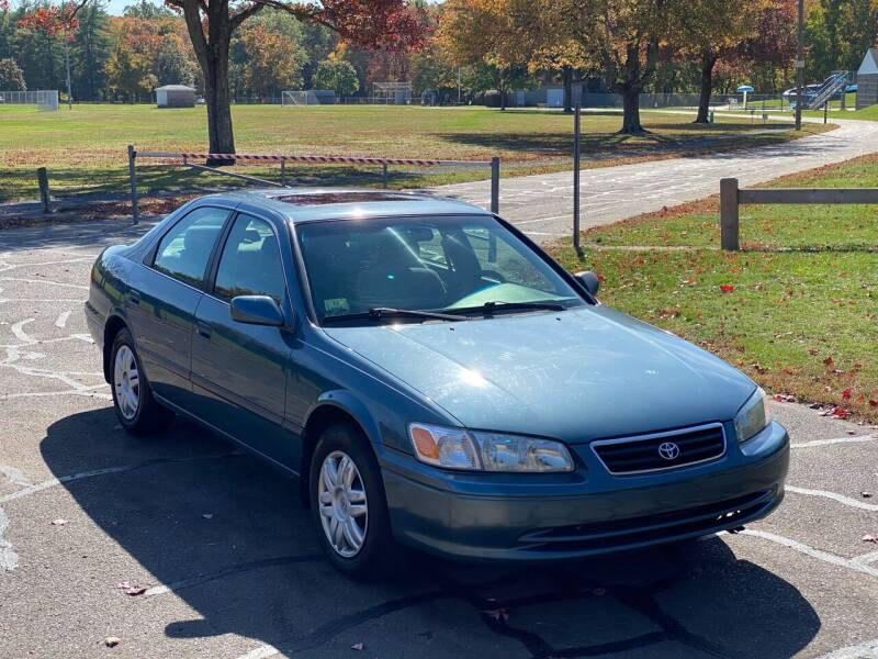 2001 Toyota Camry for sale at Choice Motor Car in Plainville CT