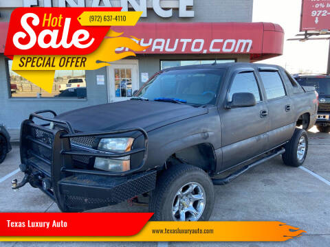 2005 Chevrolet Avalanche for sale at Texas Luxury Auto in Cedar Hill TX
