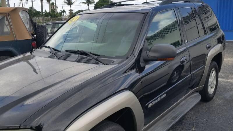 2002 Chevrolet TrailBlazer for sale at AUTO CARE CENTER in West Palm Beach FL