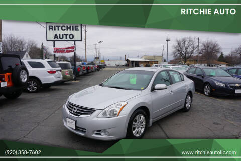 2012 Nissan Altima for sale at Ritchie Auto in Appleton WI